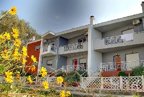 Почивка в Керамоти: еднофамилни къщи на цени от 75 евро/вечер!