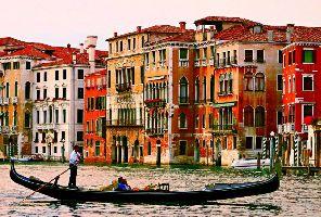 Екскурзия до Венеция: Гондоли, канали, стъкло и дантели, пропити с романтика
