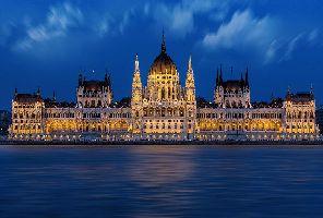 Будапеща със самолет - индивидуално пътуване