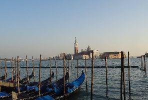 Венеция със самолет - 3 нощувки: Без водач от България!