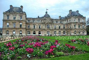 РАЗХОДКА В ПАРИЖ с круиз по Сена