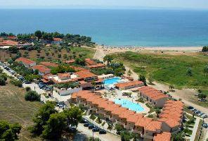 Майски празници на Халкидики - хотел Village Mare****