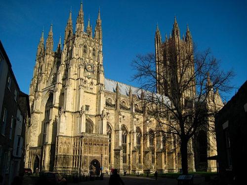 Кентърбърийската катедрала църквата