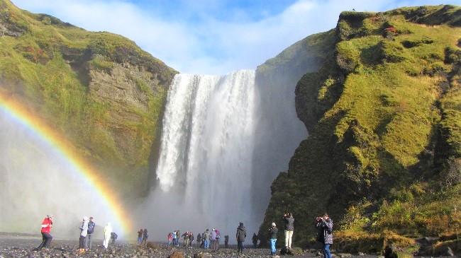 Исландия – островът на огън и лед (пътепис)
