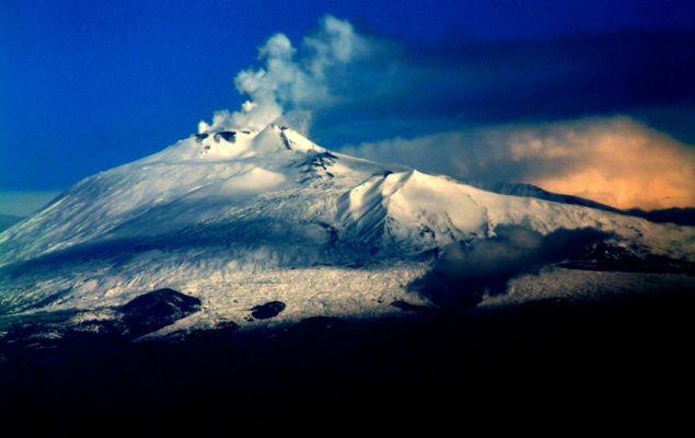 Вулканът етна сицилия италия
