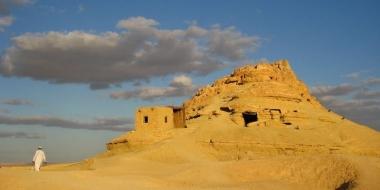 Оазисът Сива в Египет: да се носиш в нереални солени басейни