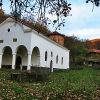 Пещерски манастир Св. Николай Мирликийски
