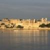 Дворецът Удайпур -  езерният дворец в Индия