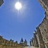 Стените на Каркасон - Диснилендско пресътворяване на средновековна военна мощ