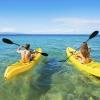 Каране на каяк край островите Вавау - с леки тихи стъпки през рая
