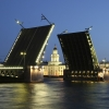 Мостовете в Санкт Петербург стават пеещи