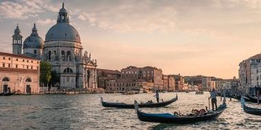 Най-романтичните места за почивка в Италия през лятото