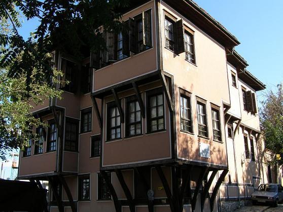 Най-известните сгради в Старинния град-част 1 - Резиденция ...